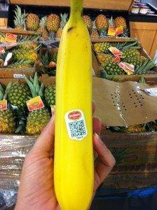 Using-QR-code-on-banana